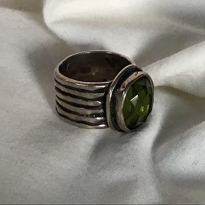 Silpada Sterling Jade Green Glass Renaissance Ring